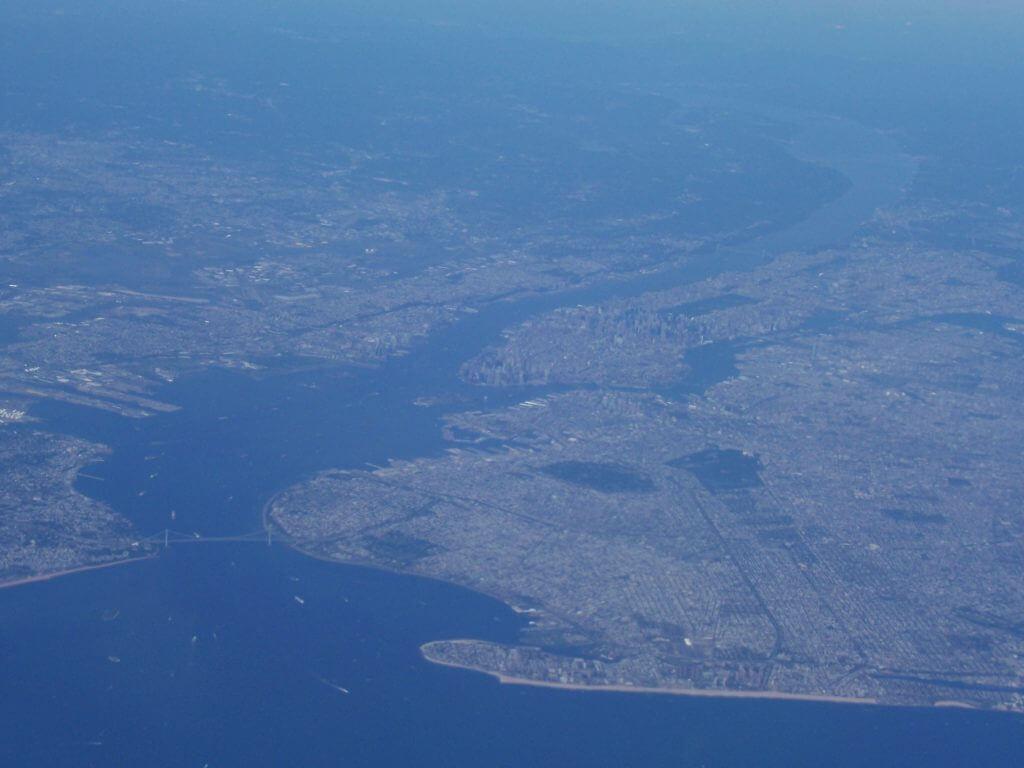 2010'IX. Llegando a Nueva York en avión...