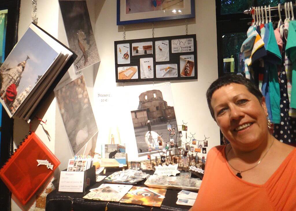 2013'III'01. Postales de Ela en La Boca, con Ela