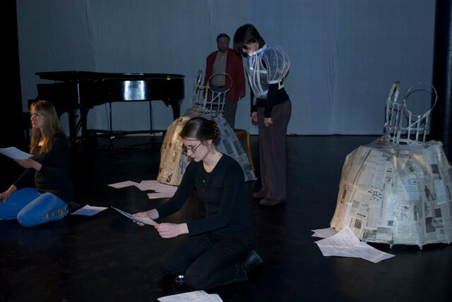 2011'IV'24. 'Triangle' en el NYU Black Box Theater - ensayo con John Gilbert