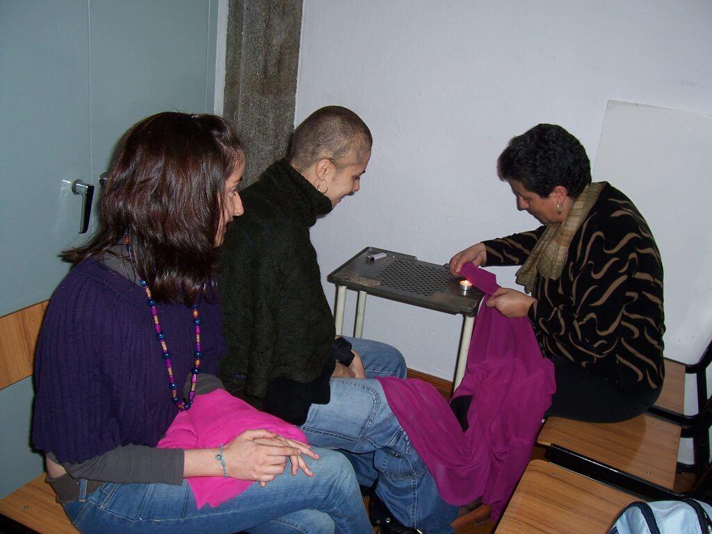 2010'X. Estreno de 'LBaila' - Estela, Pili y Souad con las túnicas