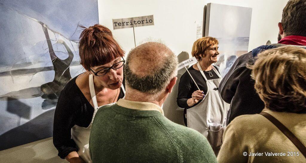 2015'XII'4. Madrid. Bueno por conocer.7 - 'Gallero al oído' de Sonia Megías - 2. Foto: Javier Valverde